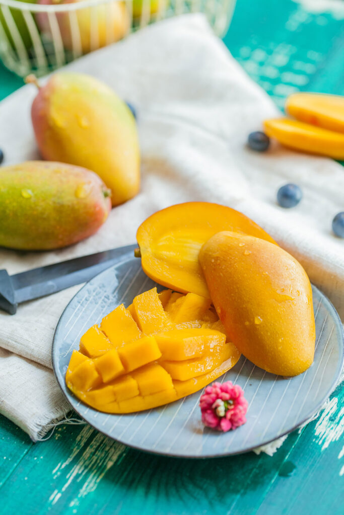 mango on table