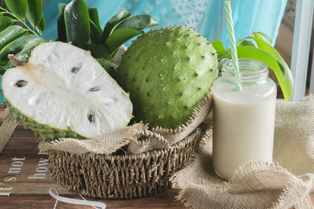 soursop fruit and juice