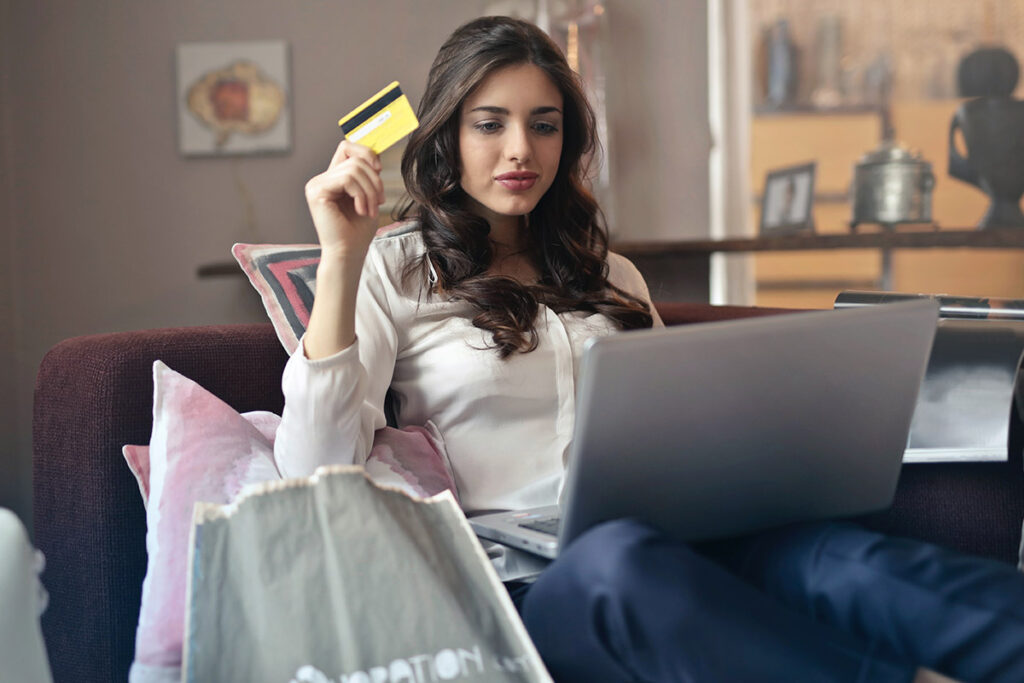 customer shopping with credit card